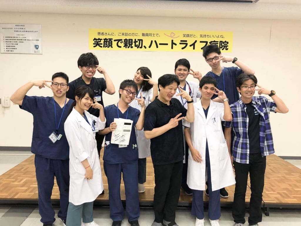 研修医の先生たちと林先生